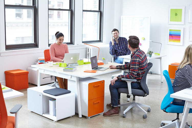 How to Sell Office Furniture to New Clients